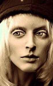 blondebigeyemannyalter172